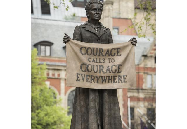 Gillian Wearing: Millicent Fawcett Statue