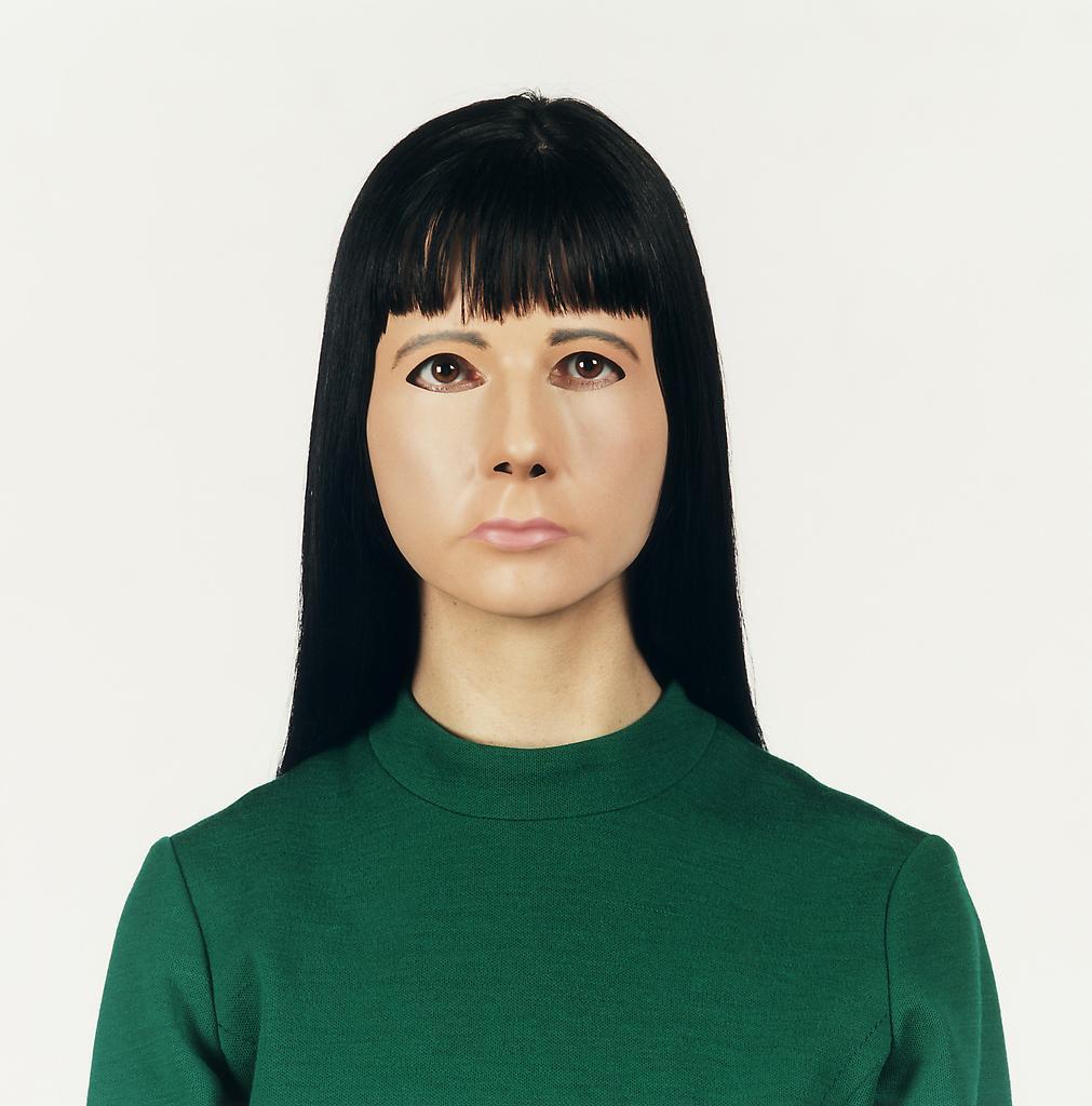 Gillian WEARING Self-portrait 2000 c-type color pr...