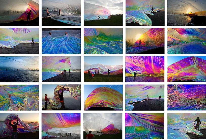 Tomas SARACENO Untitled 2009 25 c-prints, plexigla...