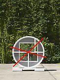 Thomas SCHEIBITZ Smiley 2009 Steel, glass, metal s...