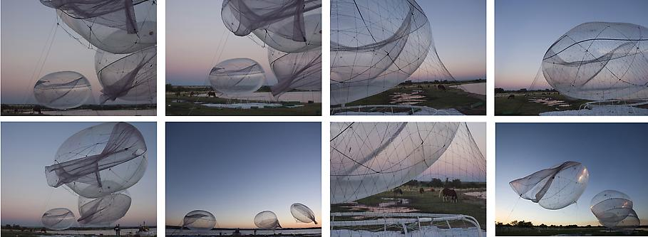 Tomas SARACENO Untitled 2009 8 c-prints mounted on...