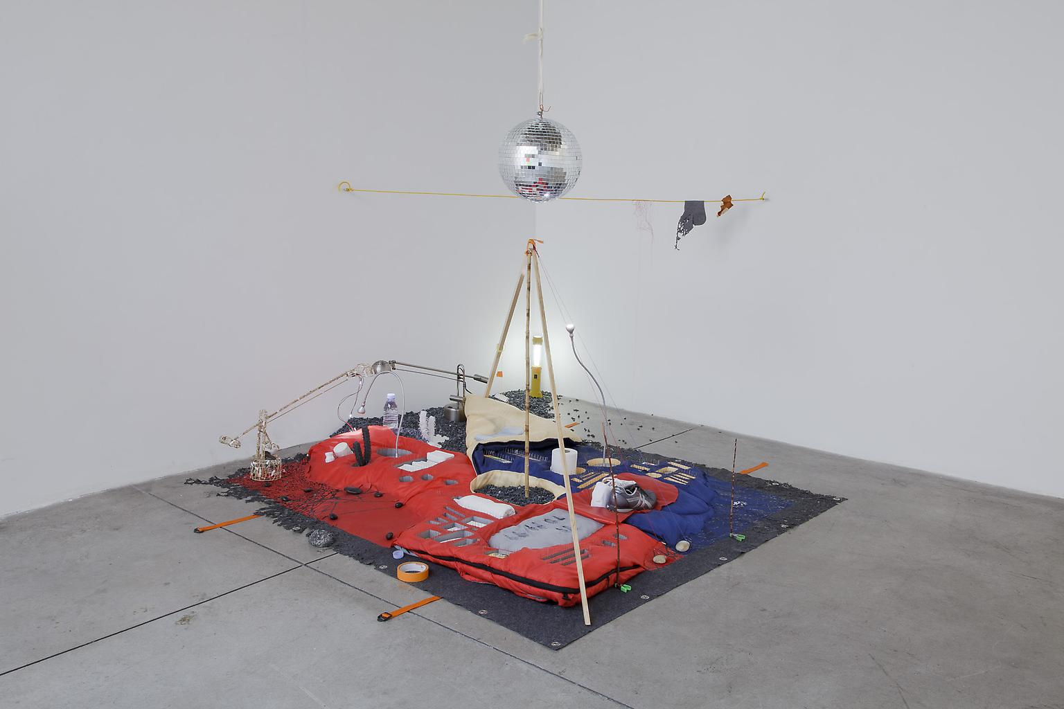 Sarah Sze Fifty-fifty 2010 Mixed media, sleeping b...