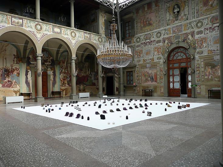 Haim Steinbach Display #66 - P & S 2009 Proenza Sc...