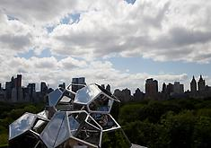 Tomas Saraceno: Cloud City