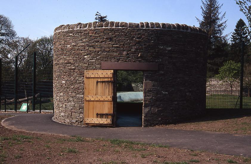 Mark Dion Dundee Bear Broch 2005 Camperdown Wildli...