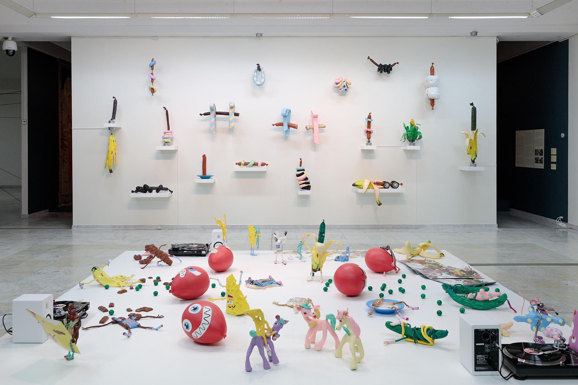 Nathalie Djurberg& Hans Berg Installation vi...
