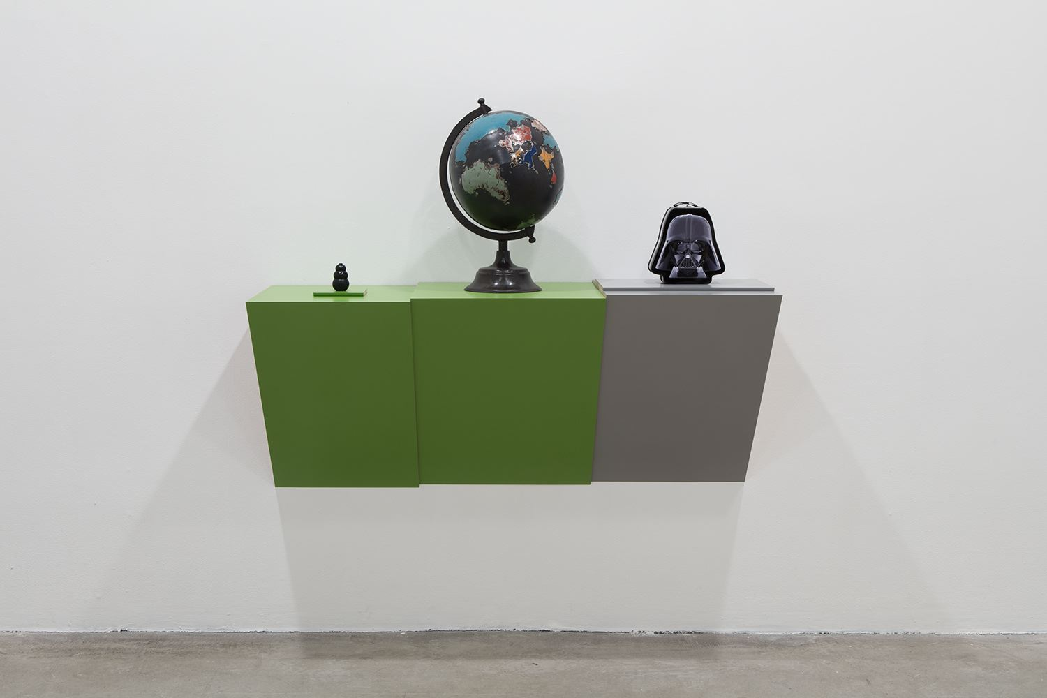 Haim STEINBACH Untitled (dog chew, globe, Darth Va...
