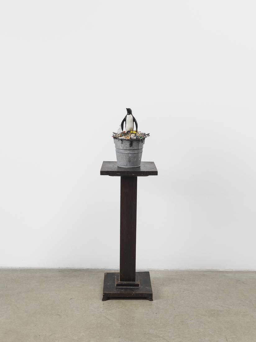 Mark Dion Nature Morte 2018 Ceramic penguin, tar,...