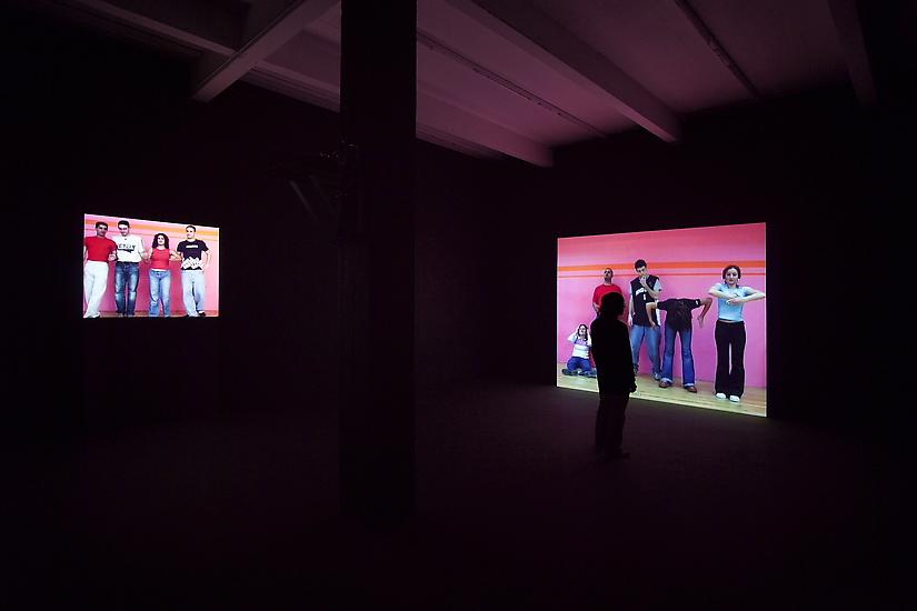 Phil Collins they shoot horses 2004 Installation v...