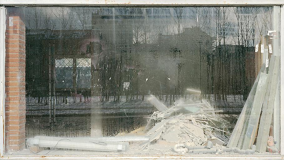 Sabine Hornig The Destroyed Room 2006 C-Print behi...