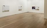 Installation view Uta Barth: to draw with lig...