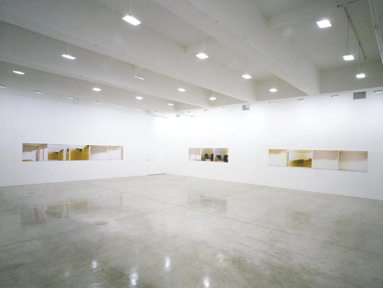 Installation viewUta Barth: Sundial,Ta...